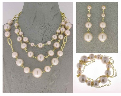 Italian Fashion Jewelry Set: Necklace, Earrings, Bracelet - Alicudi1